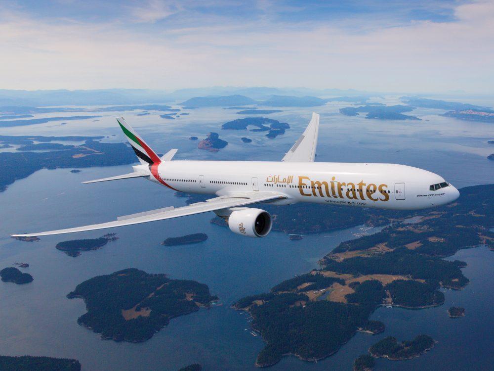Mit Emirates in einer Boeing B 777 zu weltweiten Flugzielen fliegen.